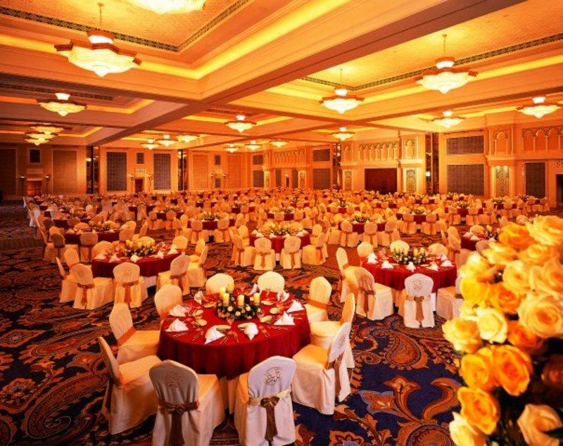 جميرا القصر - الفنادق - دبي