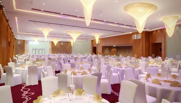 فندق ميريديان المطار - الفنادق - القاهرة
