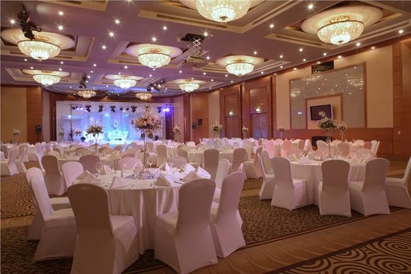 فندق روضة المروج - الفنادق - دبي