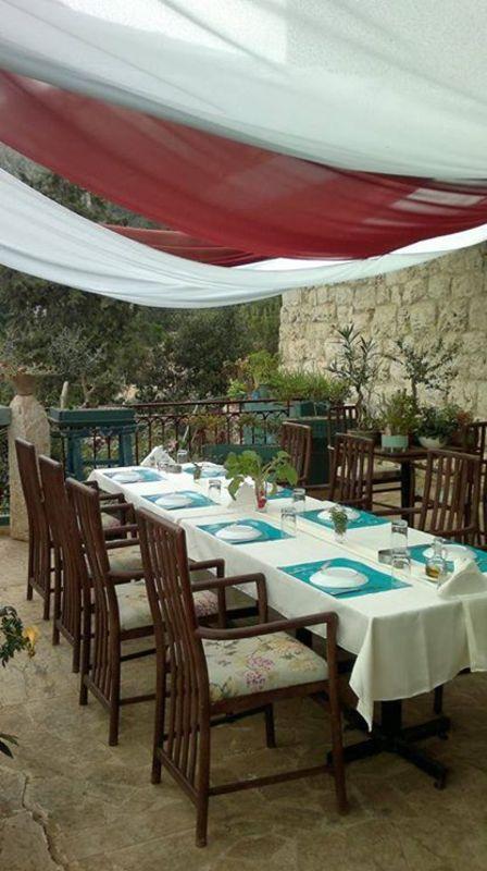 عَ ندّى - المطاعم - بيروت