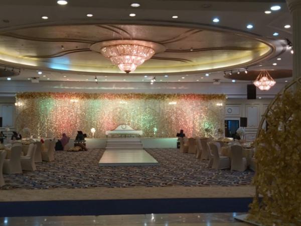 قاعة الزاهية ( جمعية النهضة النسائية  ) - دبي - قصور الافراح - دبي