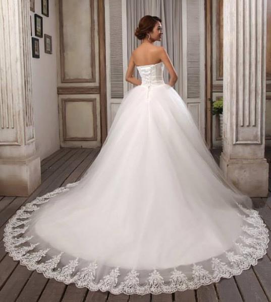 بوز اند فوز بوتيك - فستان الزفاف - القاهرة