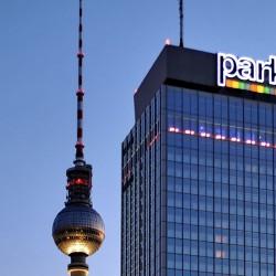 Park Inn by Radisson Berlin Alexanderplatz-Hotel Hochzeit-Berlin-2