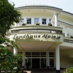 Landhaus Alpinia-Hotel Hochzeit-Berlin-5