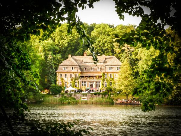 Haus Tornow am See - Hochzeit im Freien - Berlin