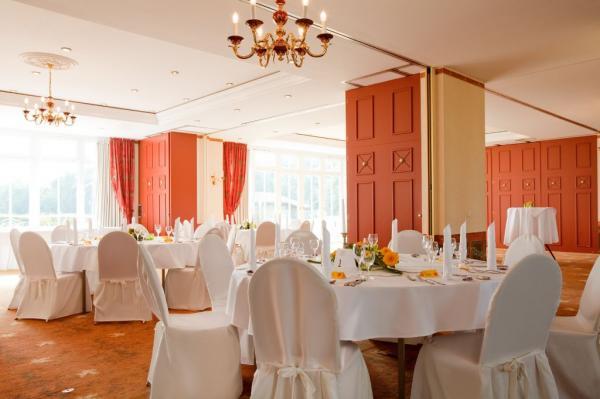 Landhotel Schloss Teschow - Hotel Hochzeit - Hamburg
