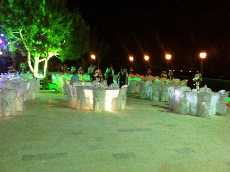 البرج الاخضر - المطاعم - بيروت