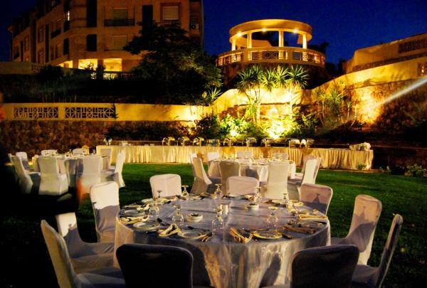 قاعة افراح مطعم نايل سمايل - المطاعم - القاهرة