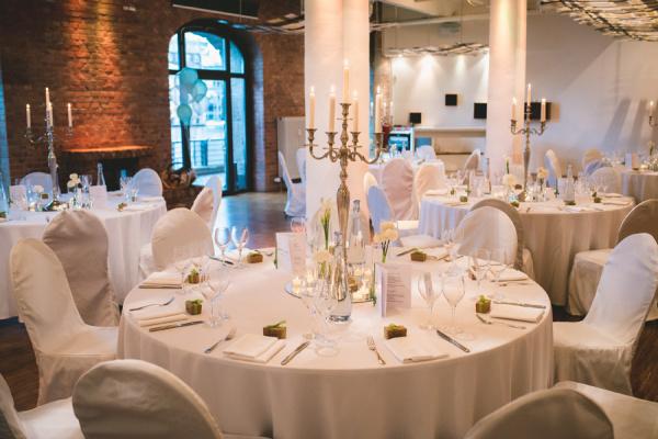 Capitol Yard Golf Lounge - Hochzeit im Freien - Berlin