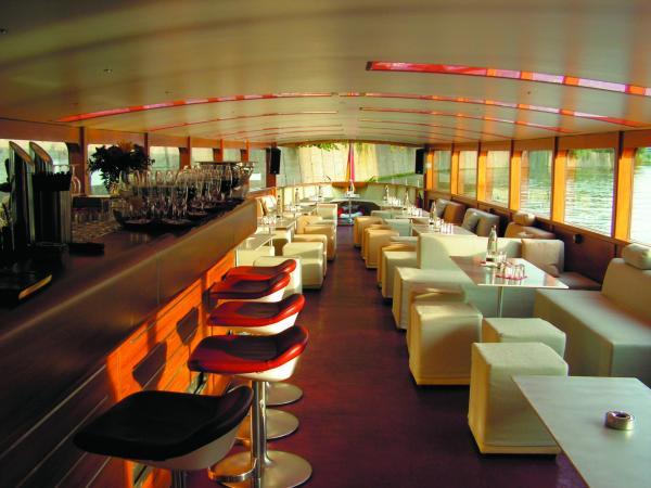 Lounge-Schiff STRALAU - Besondere Hochzeitslocation - Berlin