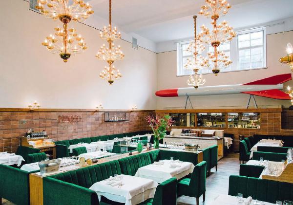 Pauly Saal - Restaurant Hochzeit - Berlin