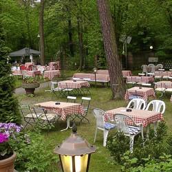 Landhaus Hubertus-Hochzeit im Freien-Berlin-5