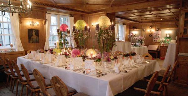 Gutshof Menterschwaige - Restaurant Hochzeit - München