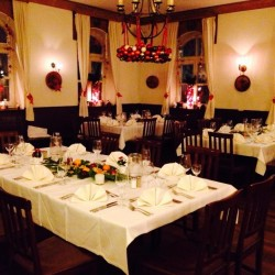Zum Brunnwart-Restaurant Hochzeit-München-6