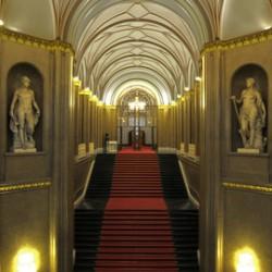 Rotes Rathaus - Säulenhalle-Historische Locations-Berlin-3