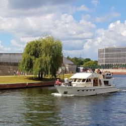 Exclusiv Yachtcharter- & Schiffahrtsgesellschaft mbH-Besondere Hochzeitslocation-Berlin-4