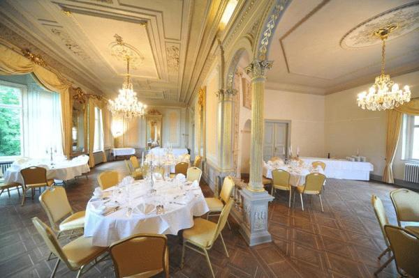 Schloss Hohenstein - Hotel Hochzeit - München