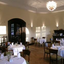 Café im Herrenhaus-Restaurant Hochzeit-Hamburg-3