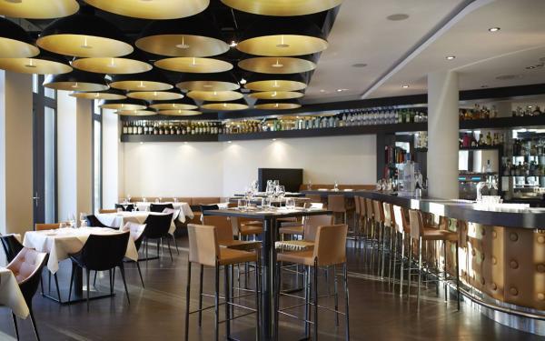 HENRIKS Bar & Restaurant - Restaurant Hochzeit - Hamburg