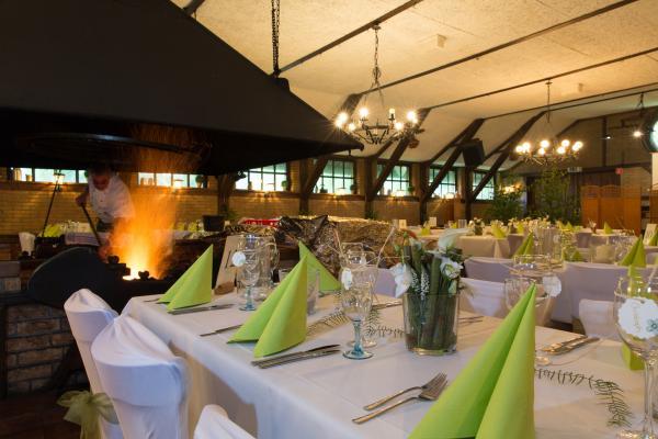 Fuchsloch auf Gut Voswinckel - Restaurant Hochzeit - Köln