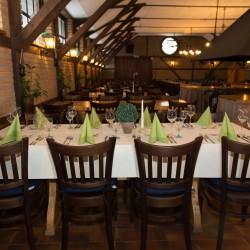 Fuchsloch auf Gut Voswinckel-Restaurant Hochzeit-Köln-2