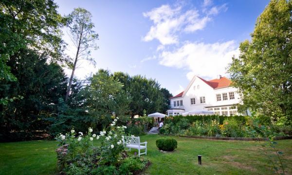 Villa Halstenbekk - Hochzeit im Freien - Hamburg