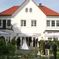 Villa Halstenbekk-Hochzeit im Freien-Hamburg-2