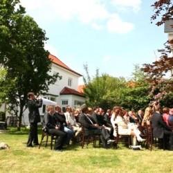 Villa Halstenbekk-Hochzeit im Freien-Hamburg-3
