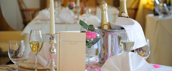 Romantik Waldhotel Mangold - Hotel Hochzeit - Köln