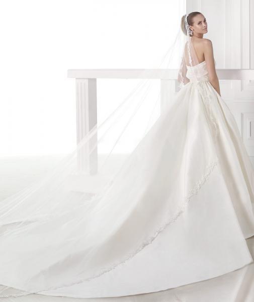برونوفياس - فستان الزفاف - أبوظبي