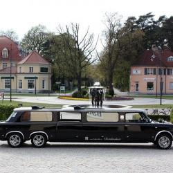 Trabi-XXL-Hochzeitsautos-Berlin-1