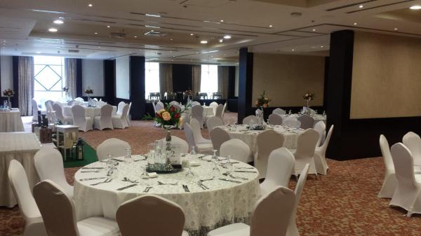 فندق كوبثورن الدوحة - الفنادق - الدوحة