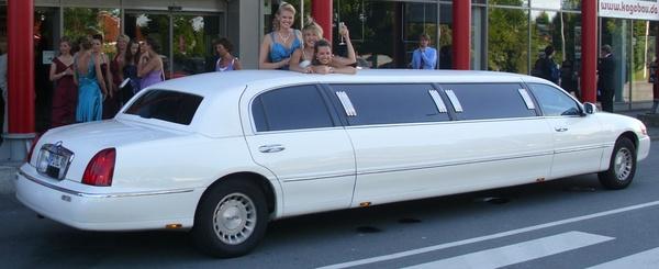 Rent-A-Limo Limousinenservice - Hochzeitsautos - Köln