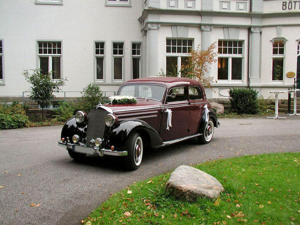 Hollywood Limousinen-Service - Hochzeitsautos - Köln