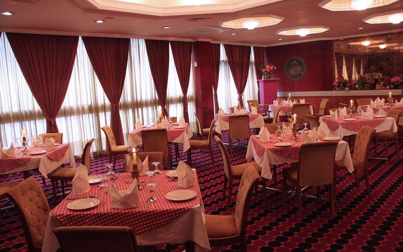 فندق القصر الشرقي - الفنادق - المنامة