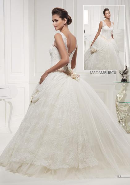 Lilyum Hochzeitsmode - Brautkleider - Hannover