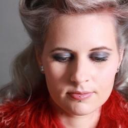 F&K Elegante Haarmode-Brautfrisur und Make Up-Berlin-3