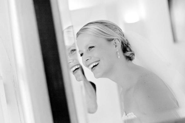 Simone Gatzen - Brautfrisur und Make Up - Köln