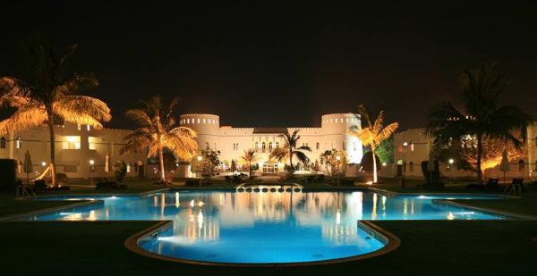 فندق شاطئ صحار - الفنادق - مسقط