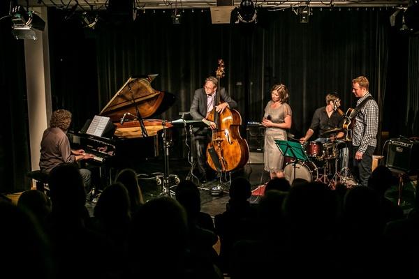 Julia Zipprick - Hochzeitsmusik - Köln