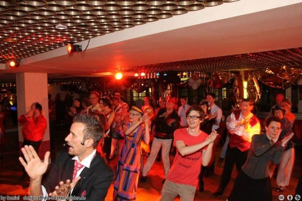 Tanzschule Klaus Sennebogen - Hochzeitstanzkurse - München