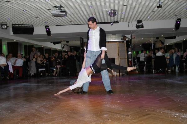 Mobiler Tanzlehrer Christopher Schaal - Hochzeitstanzkurse - Köln