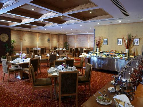 فندق جولدن توليب البارشا - الفنادق - دبي
