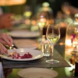 طاولة 9-المطاعم-دبي-4