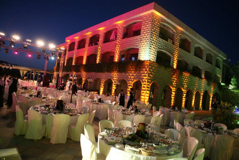 فندق تير برون - الفنادق - بيروت