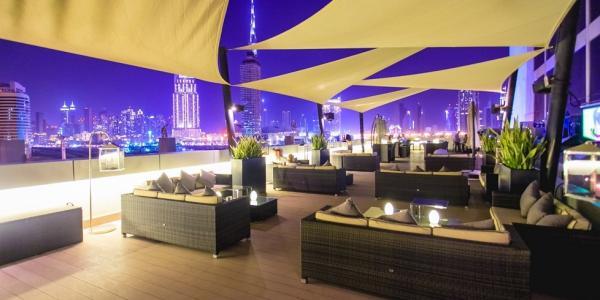 فندق راديسون بلو، مدينة دبي للإعلام - الفنادق - دبي