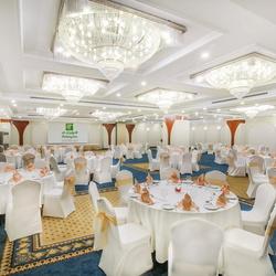 فندق هوليدي ان بر دبي - منطقة السفارات-الفنادق-دبي-1
