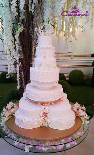 الكرمل - كيك الزفاف - الدوحة