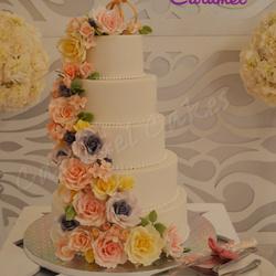 الكرمل-كيك الزفاف-الدوحة-5