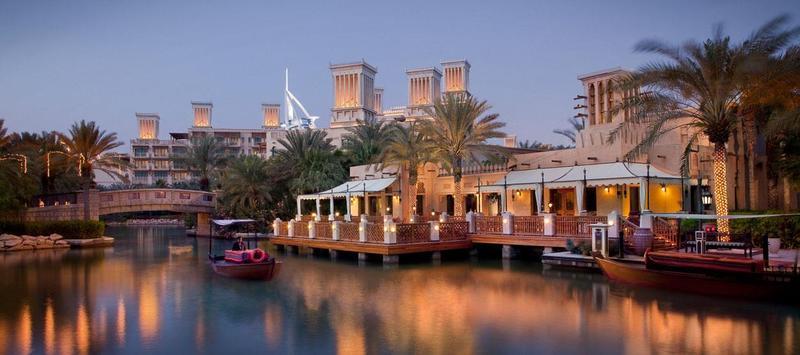 باي تاي - المطاعم - دبي